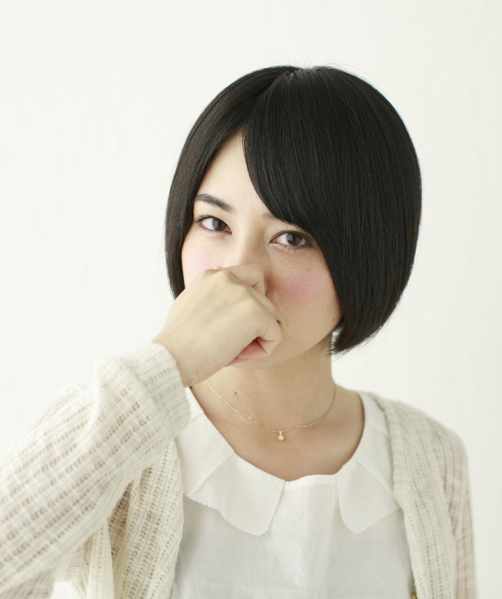鼻息が臭い原因と対策