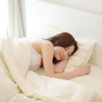 不眠症の改善!?高反発マットレスで睡眠の質が変わる!?