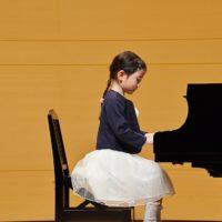 ピアノ発表会!ドレス選びに迷ったら曲の雰囲気に合わせてみませう!
